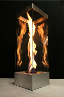 Lagrge outdoor portable fire in glass feature with swirling fires