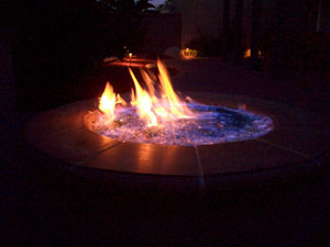 Burning fire glass fire pit